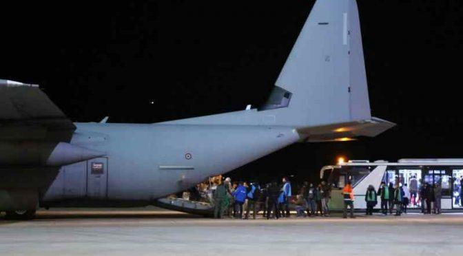 Italům nestačí rekordní počty afrických invazistů, další tisíce si přiváží letecky z Libanonu
