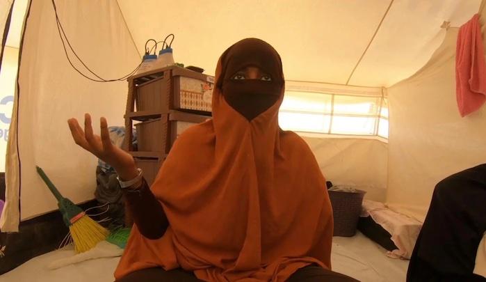 Džihádistka z ISIS dostala v Británii dům v hodnotě půl milionu liber a umělou ruku zdarma
