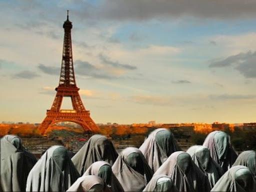 Asi 21% novorozenců mělo ve Francii v roce 2020 muslimské jméno