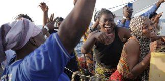 Podívejte se, jaké multikulturní obohacení přivezly lodě neziskovek v posledních dnech (videa)