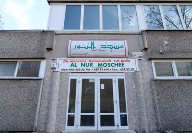"""Islámský """"zázračný léčitel"""" zabil v Berlíně ženu, když z ní vymýtal ďábla"""