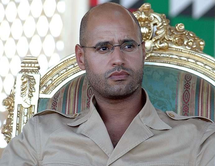 Kaddáfího syn chce vládnout Libyi – podaří se mu vstupní bránu džihádistů do Evropy stabilizovat?