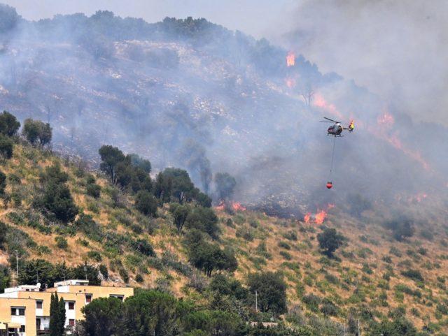 Požáry na Sicílii a v Kalábrii byly dílem žhářů, pachatelé zatím nebyli dopadeni