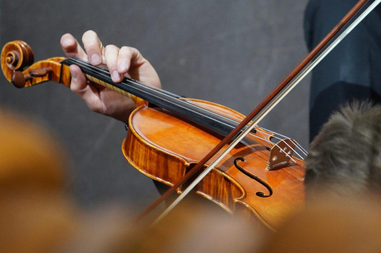Anglický operní soubor propustil bílé hudebníky, chce větší rasovou rozmanitost