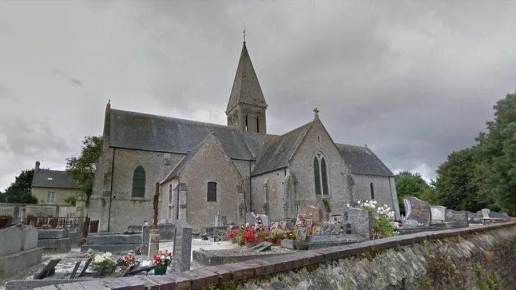 Francouzský kostel hořel 2x během 4 dnů
