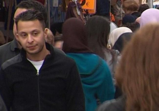 Salah Abdeslam, vrah z Bataclanu, se první den u soudu představil jako bojovník Islámského státu