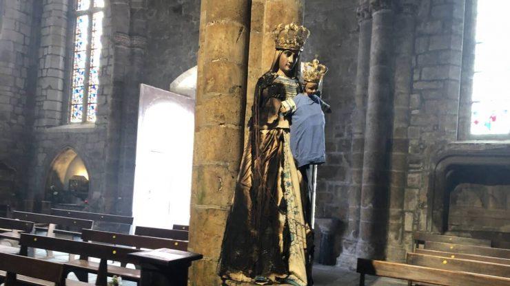 Hořel další francouzský kostel, žháři nebyli dopadeni