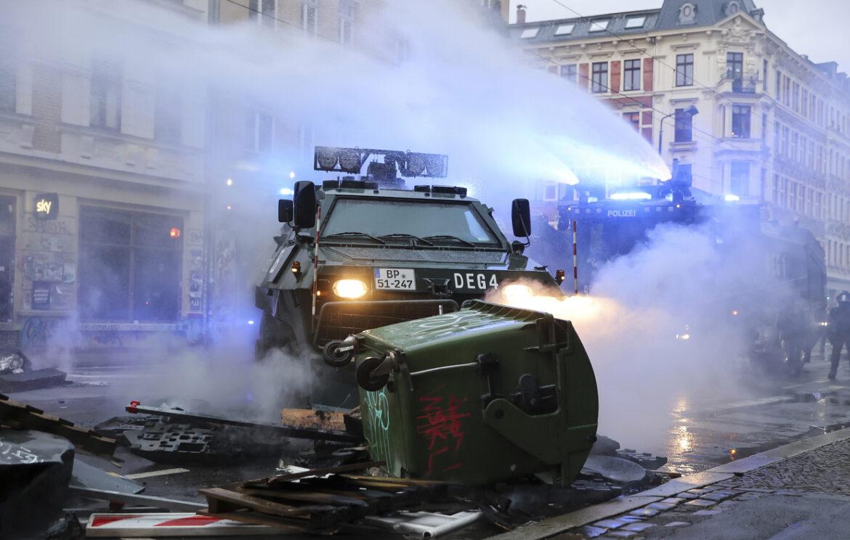 Německá Antifa opět řádila, tentokrát v Lipsku (videa)