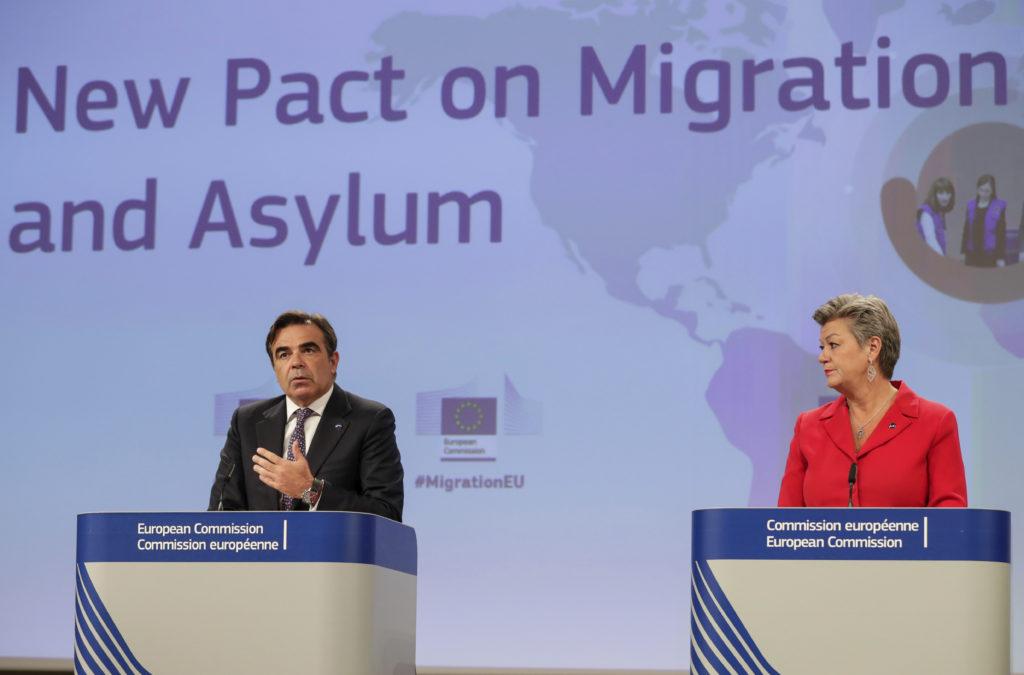 Migrační pakt EU bude přijat po německých a francouzských volbách