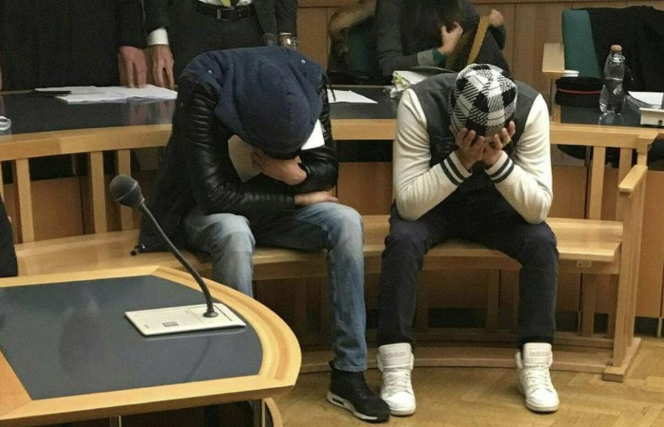 Rakousko: Tři Afghánci, kteří brutálně hromadně znásilnili studentku, byli propuštěni na svobodu