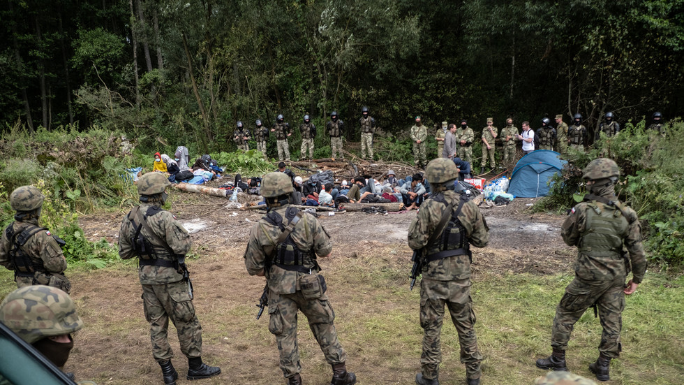 Eurokomisařka Johanssonová si předvolala polské, litevské a lotyšské úředníky kvůli u hranic trpícím ilegálům