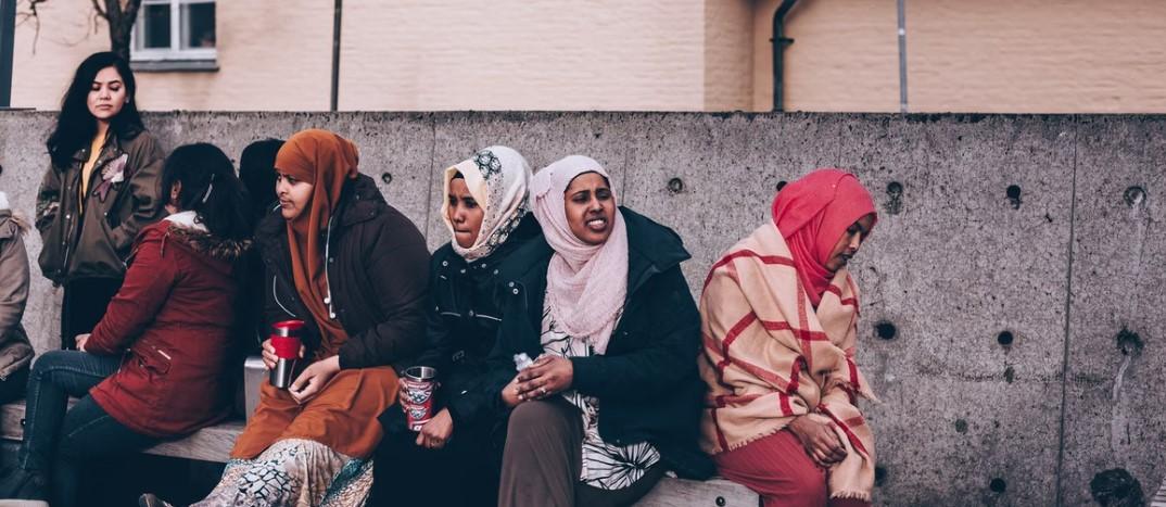 Šest z deseti Francouzů věří, že budou nahrazeni Afričany a Araby