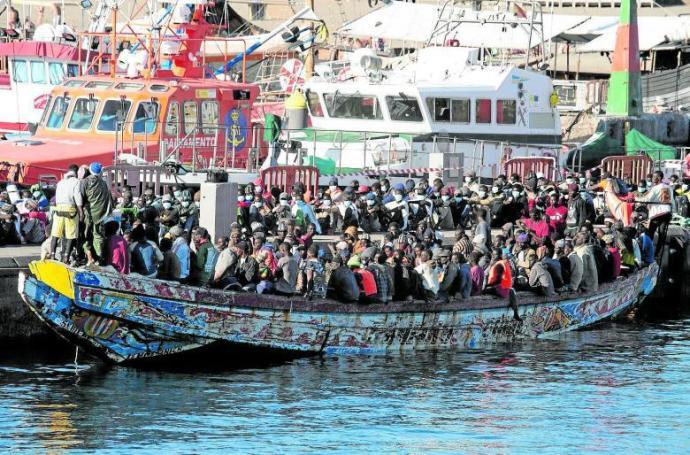 Za 9 měsíců připlulo na Kanárské ostrovy více než 13 tisíc Afričanů